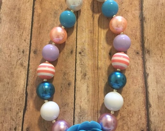 Flower bubblegum bead necklace