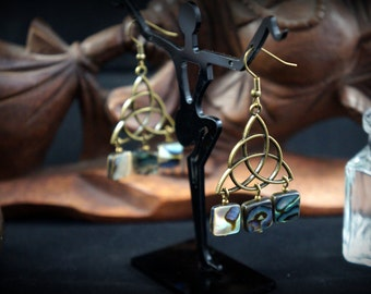 Chandelier bronze triquetra, mother-of-Pearl sequins earrings Abalone shell abalone Haliotis