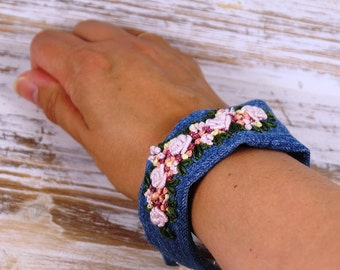 Fabric bracelet denim bracelets bracelet, gift for women, with embroidered embroidery, embroidery, cuff, floral embroidered bracelet