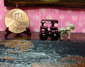 Dollhouse Miniature Pewter Horse and Buggy Item #17410