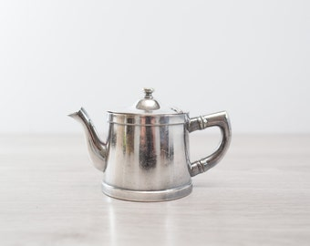 Small Vintage Wear-Brite Teapot