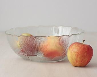 Vintage Flower Large Serving Bowl, Arcoroc Fleur Serving Bowl, Glass Serving Bowl, Large Salad Bowl, Fruit Bowl,