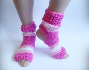 Yoga Socks, Hand Knitted Soks, Pink Knit Soks, Heel Less Socks, Pedicure Socks, Flip Flop Socks, Pilates Socks