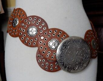 VTG 1980's southwestern medallion leather nickle belt buckle hippie natural leather belt 39 inches