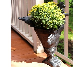 Road Runner Chicken Garden Storage Metal Urn Cute Standing Bird Adorable