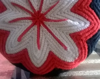 70s vintage crochet circle pillow