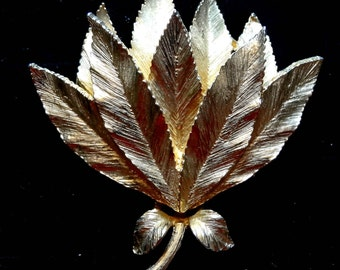 Vintage Gold Tone Brooch Pin Cluster of Leaves
