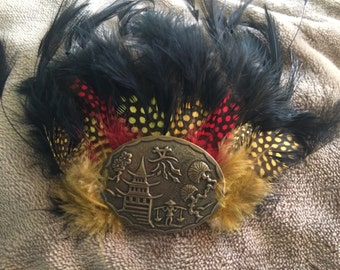 Feather hair pin