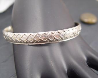 VINTAGE BANGLE BRACELET  Patterned Sterling Silver