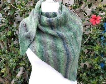 shawl, scarf, triangle scarf, handknitted, handknitting, wool, about 160x76 cm