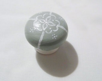 Hand Painted Drawer Knob (Individual)
