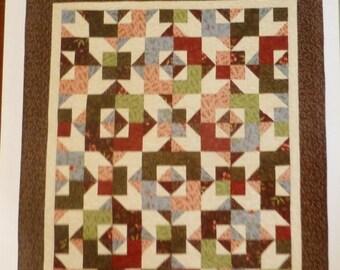 FANTASTIC SALE - Pattern Day Dreaming  Fat Quarter  Quilt Pattern