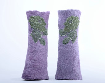 Romantic lavender mittens 10% OFF - lovely fingerless gloves - felted merino wool decorated with lace - felt mitts, women wrist warmers [M3]