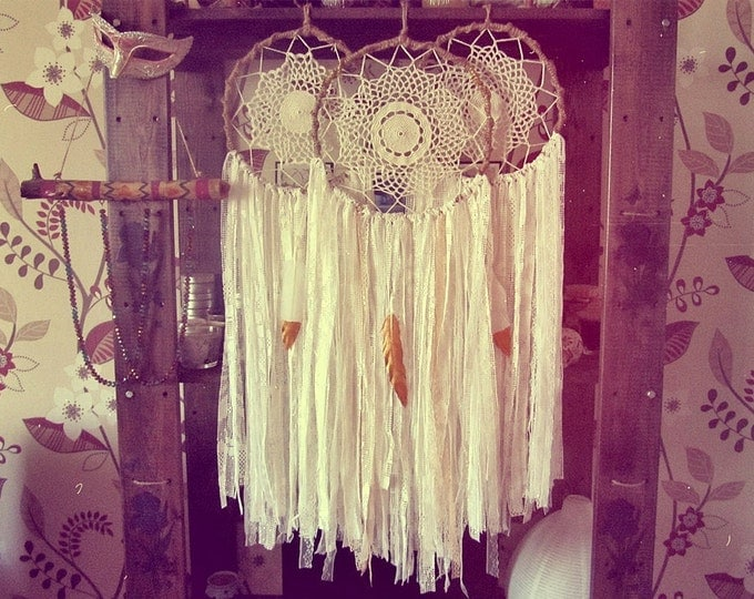 Bohemian Lace Dreamcatcher - Boho Bedroom Decor - White and Gold Dream Catcher - Gypsy Wall Hanging - Boho Wall Decor - Bohemian Home Decor
