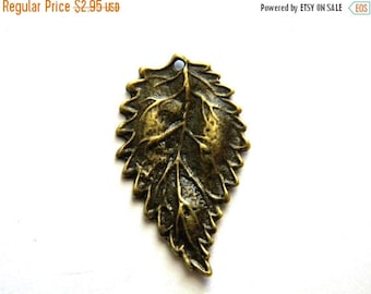 SALE 6 Bronze  Leaf Charms - 27mm