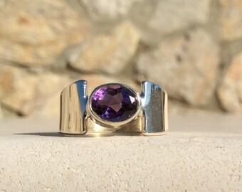 Amethyst Silver Ring, Amethyst Gemstone Sterling Silver Oval Stone Ring, Purple Amethyst Gemstone, February Birthstone Ring