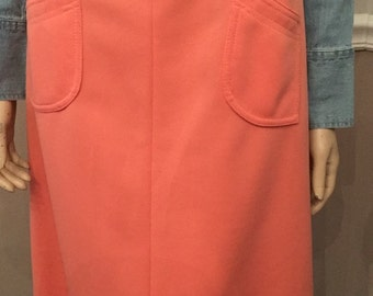 Super Cute Vintage 70's polyester peach skirt with pockets / size small