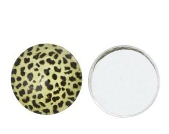 3 - 16mm Leopard Print Glass Cabochons