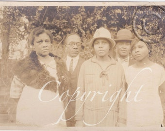 The serious Family, Vintage African American photograph
