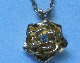 AVON Rose with Rhinestone Pendant Necklace - 4097