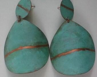 Modernist Metal Disc Dangle Earrings - 4126