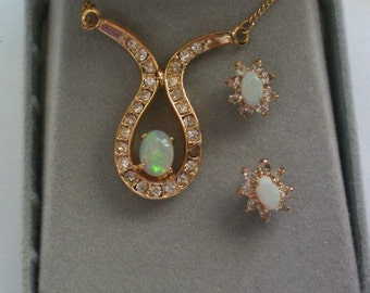 Opal Necklace and Pierced Earring Set - 4410