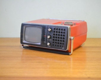 Vintage red portable TV television Crown Model 5TV-504
