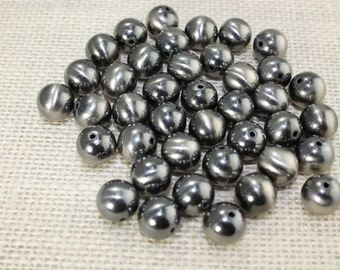 12mm Antique Silver Round Beads (20 Pieces)