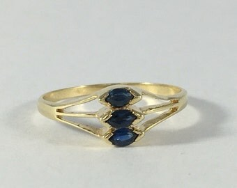 Vintage London Blue Topaz Ring. 14k Yellow Gold Setting. Unique Engagement Ring. Estate Jewelry. November Birthstone. 4th Anniversary Gift.