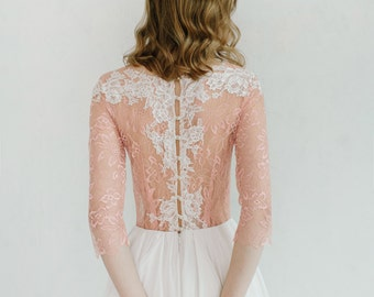 Blush wedding dress // Rosy Iris