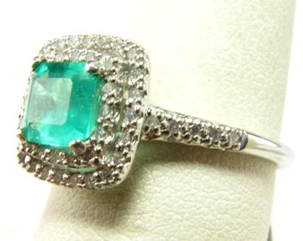 1.10 Carat Emerald & Diamond 14k White Gold Ring - Size 7.5