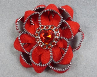 Red Flower Barrette - Upcycled - Recycled - Repurposed - Flower Hair Clip - Zipper Barrette - Zipper Clip - Zipper Flower - Flower Clip