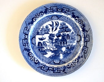 Blue Willow Dinner Plate Ridgway Ridgeway English Blue and White Flow Blue