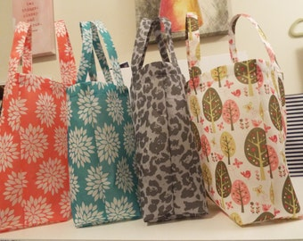 Reusable, lightweight grocery or tote bag