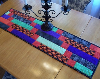 Machine Quilted Halloween Table Runner