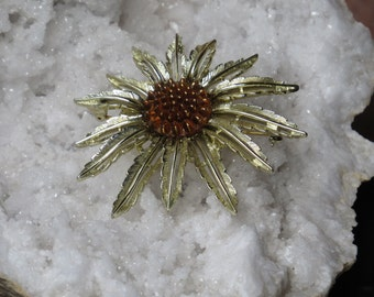 SUNFLOWER BROOCH / Vintage Brooch / Sunflower Pin / Flower Brooch /  Sunflowers / Flower Pin / Vintage Jewelry
