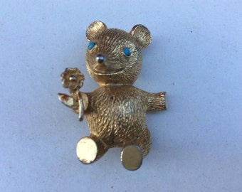 Vintage 1970s Teddy Bear Brass Brooch carry flowers Turquoise Coloured Stone Eyes