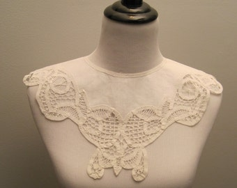 Battenburg Lace Collar
