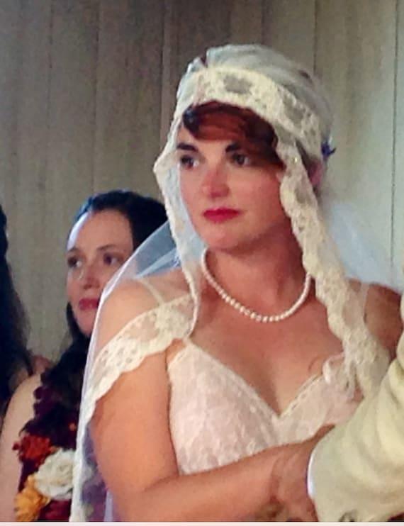 Veil, Beaded Veil, Ivory Veil , Vintage Veil, BohoWedding Veil , Boho Bridal Headband and Veil, Pearl Beaded Veil, Champagne Lace Veil-