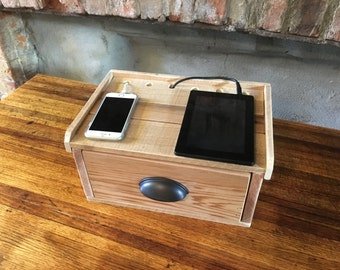 Charging & Docking Station from Pallets
