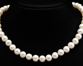 Wedding Freshwater Pearl Necklace - Wedding Pearl Jewelry - Bridal Jewelry - Bridesmaid Gift - White Freshwater Pearl  Classic Pearl Jewelry