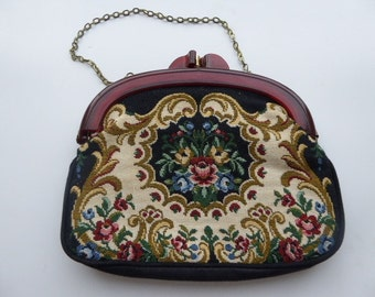 Vintage 1950's Tapestry Handbag With Lucite Handle/Clasp - So Cute!!