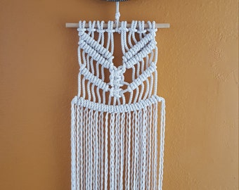 Macrame Wall Hanging, Handcrafted Macrame, rope art, Macrame home decor.