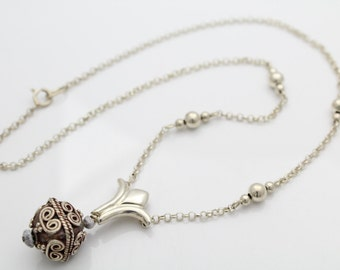 """Sterling Silver Filigree Cube Attached Pendant Necklace 16"""". [5447]"""