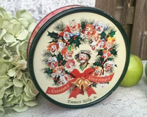 Vintage Emmett Kelly Christmas Holly Wreath Tin Box, clown, decorative Round canister. Advertising, Litho Biscuit / tea tin kitchen, storage