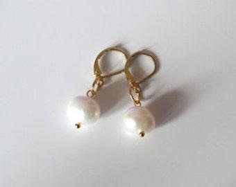 Earrings white freshwater pearls