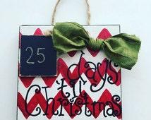 Days til Christmas, Christmas decor, Christmas countdown, Chevron Christmas, chalkboard, Christmas gift, Xmas decor, Christmas decorations