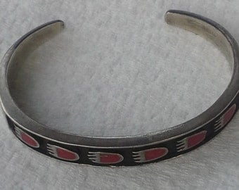 Vintage Zuni Sterling inlay red coral bear paws cuff bracelet