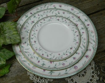 Vintage 3 Piece Place Setting - Noritake - New Lineage II - Ashville