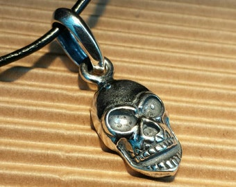 Solid Silver Hallmarked 925 - Skull Pendant & Black Leather Choker